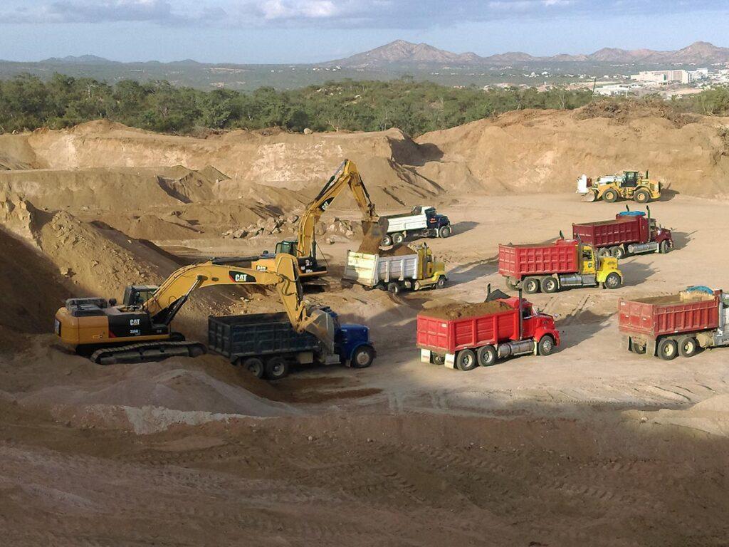 construcciones-lizarraga-loscabos-proyectos-alto-nivel-chileno-terracerias-en-plataformas-13