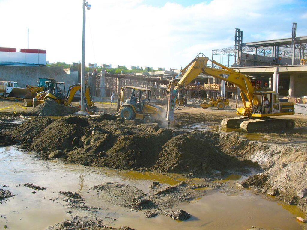 construcciones-lizarraga-loscabos-proyectos-comerciales-plaza-sendero-IRDP-1